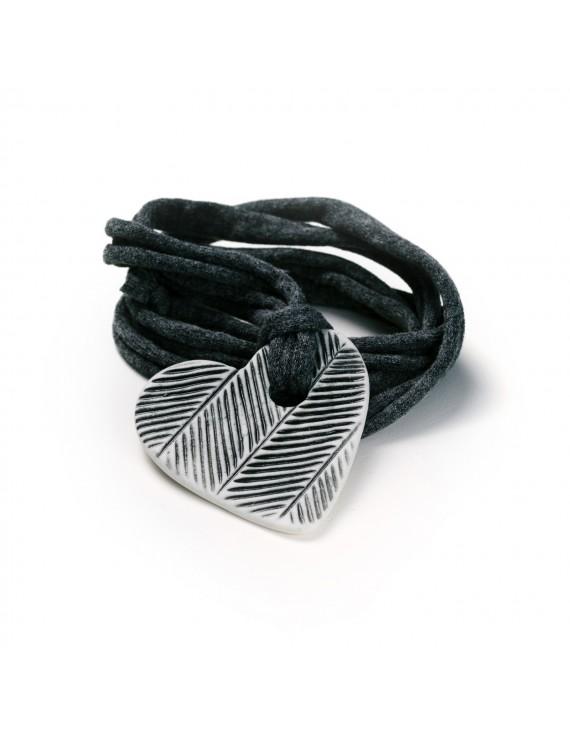 Collana con elemento in Porcellana e maglina - artigianale - Made in Italy - Jersey Necklace
